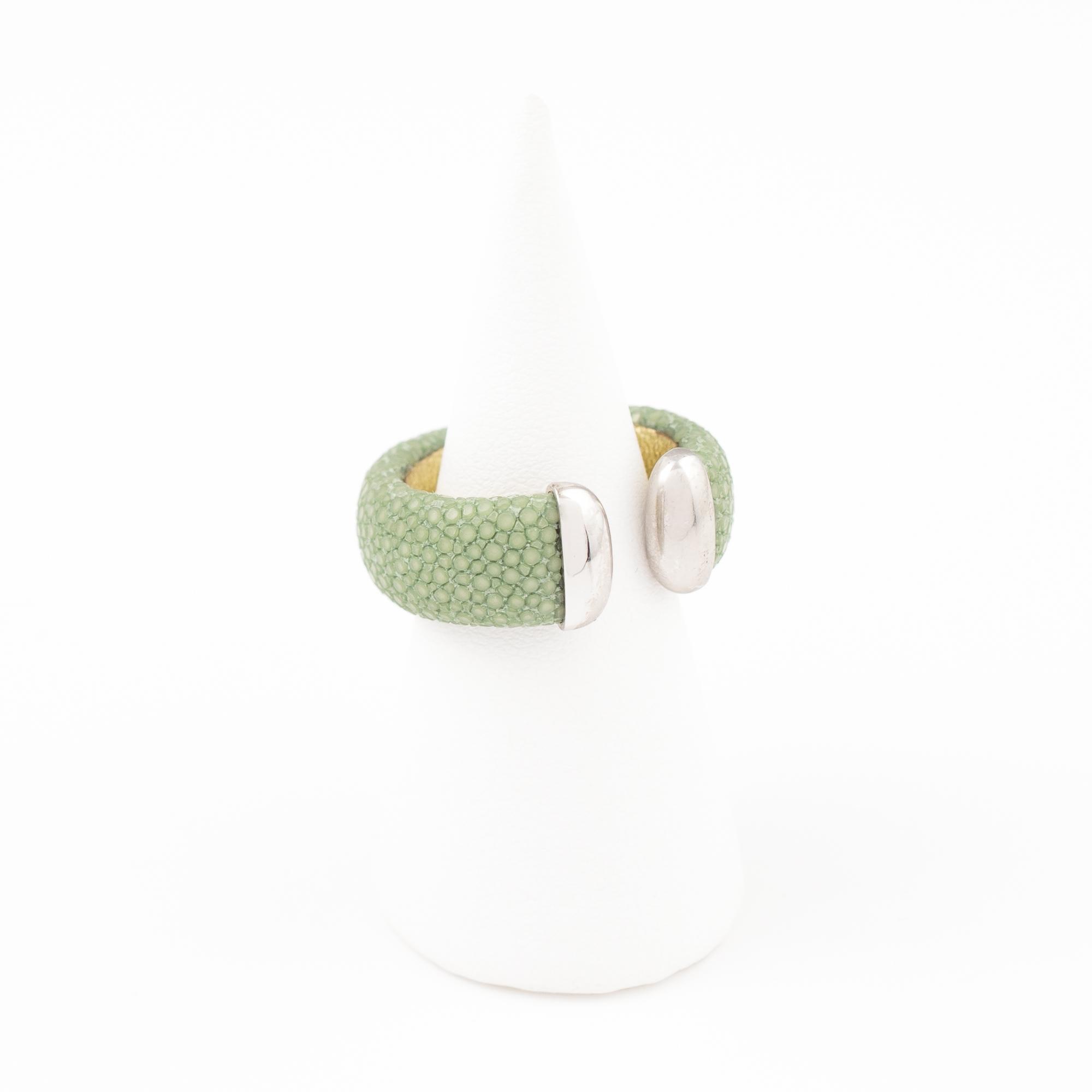 tresor-by-flore-galuchat-bague-craneuse-celadon