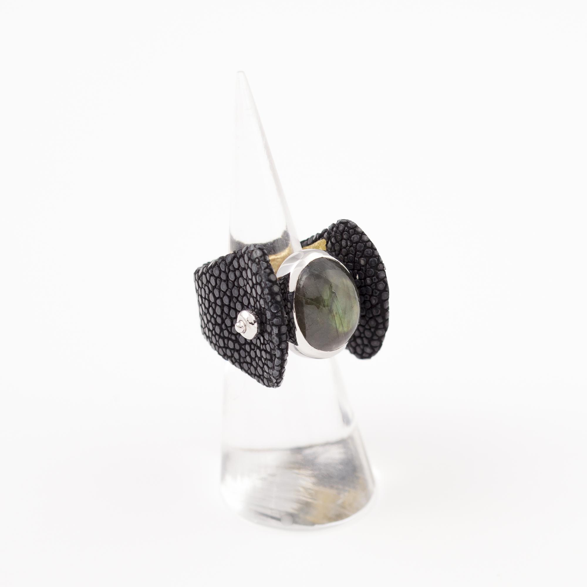 tresor-by-flore-galuchat-bague-envoutante-noir