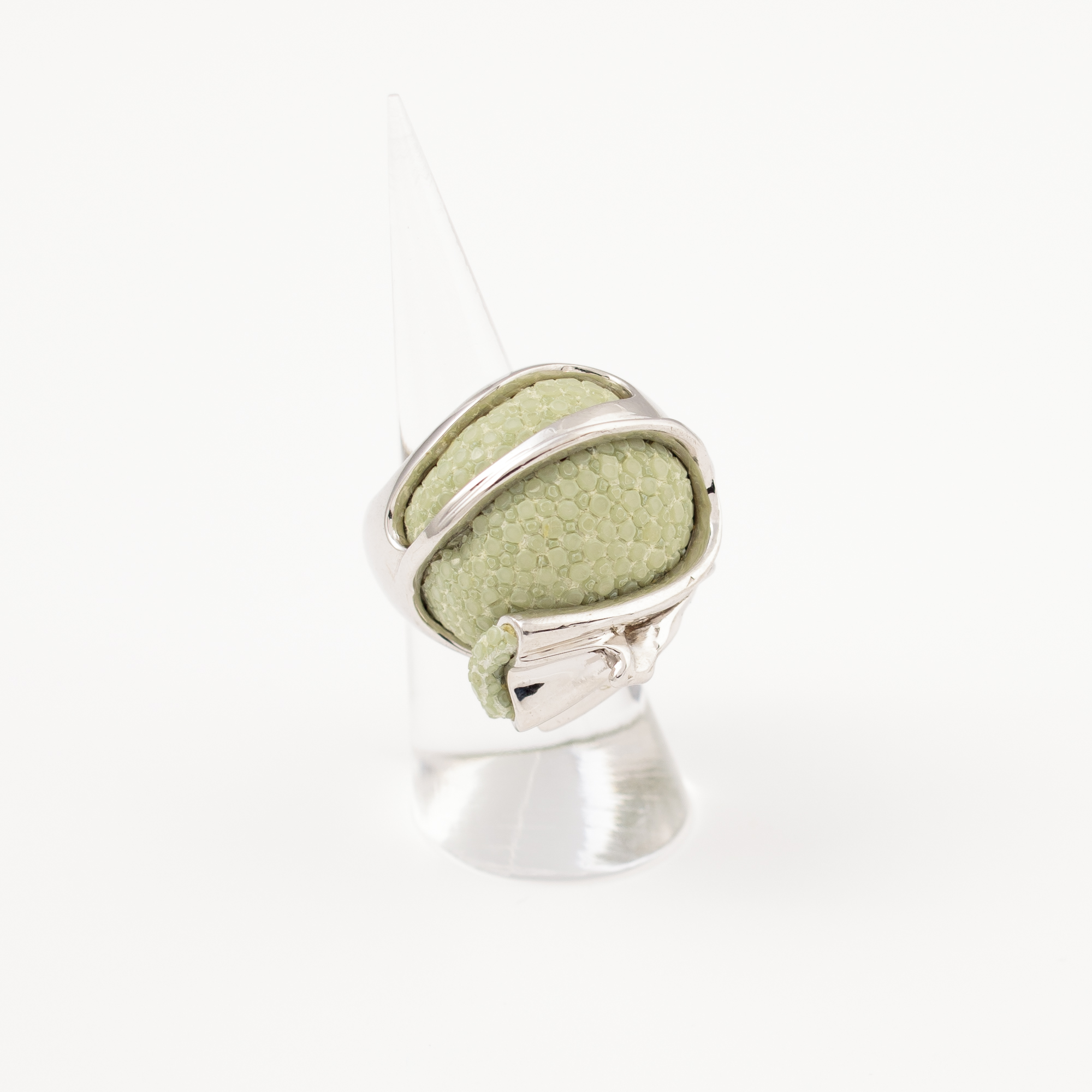 tresor-by-flore-galuchat-bague-fruitdefendu-celadon