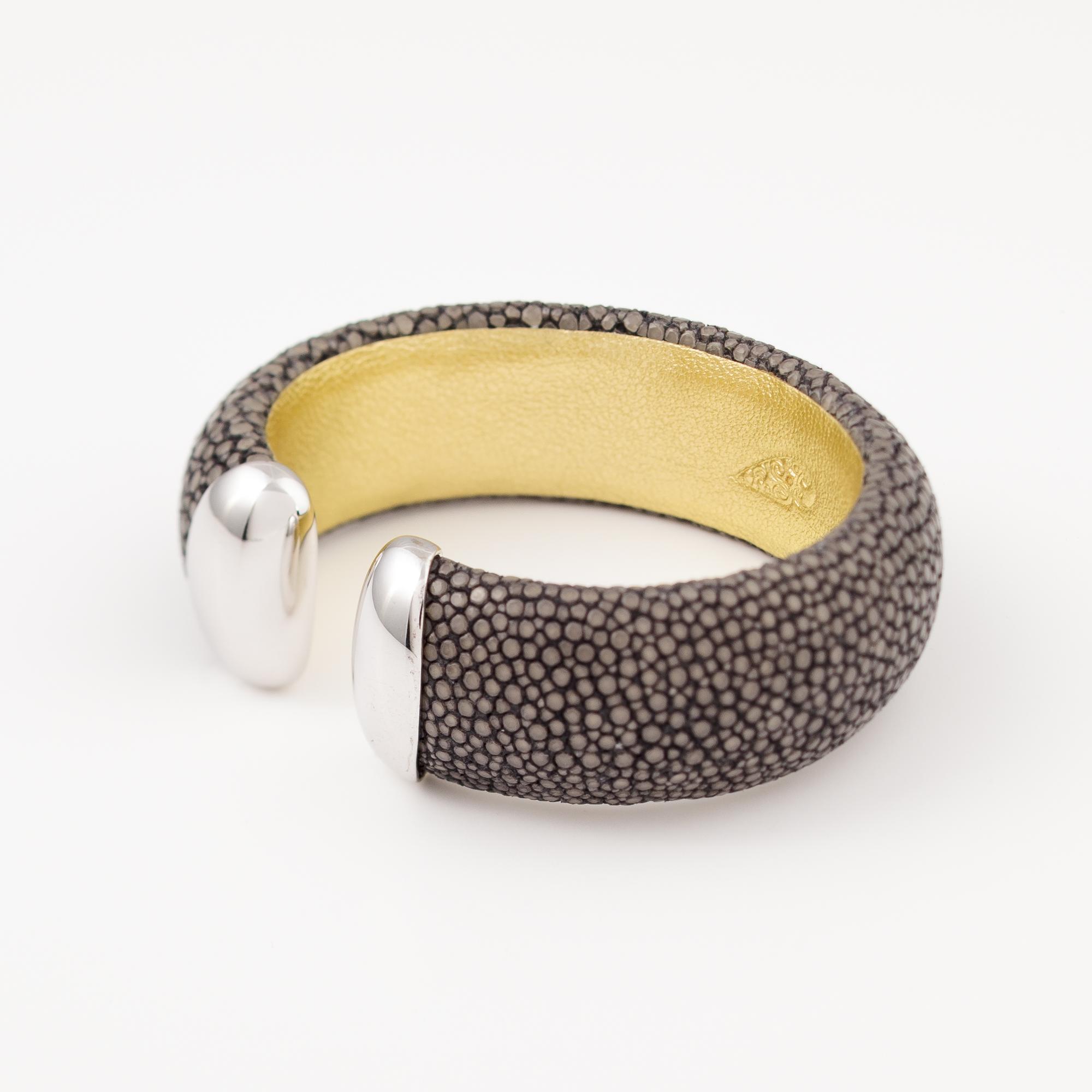 tresor-by-flore-galuchat-bracelet-craneuse-gris
