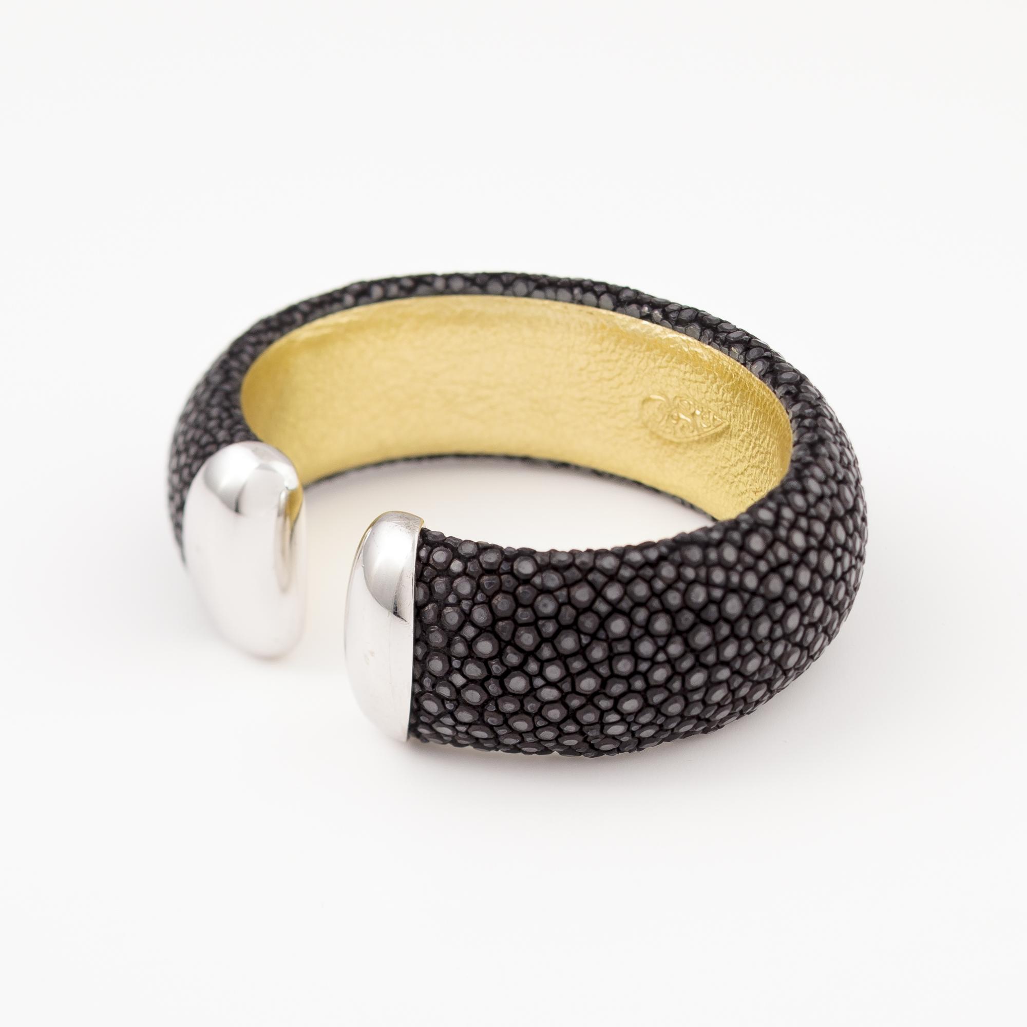 tresor-by-flore-galuchat-bracelet-craneuse-noir