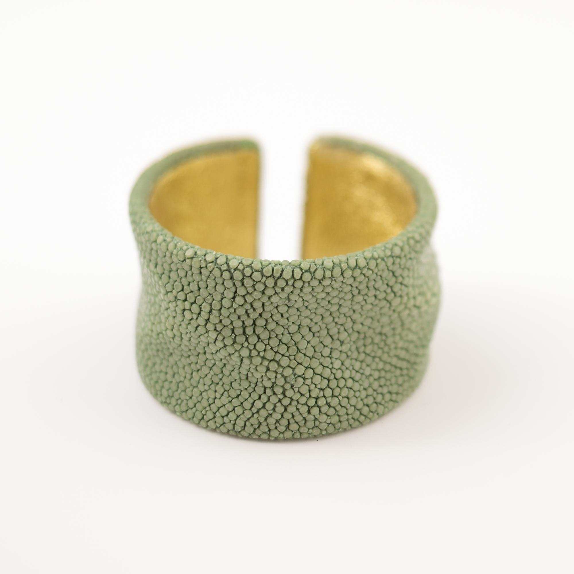 tresor-by-flore-galuchat-bracelet-froisse-celadon