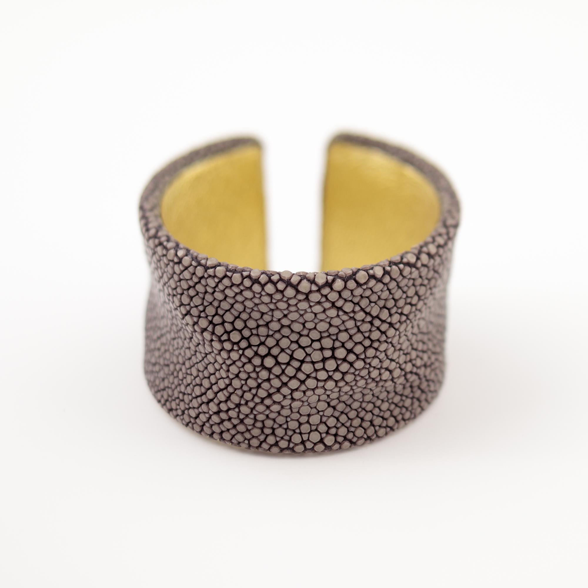 tresor-by-flore-galuchat-bracelet-froisse-gris