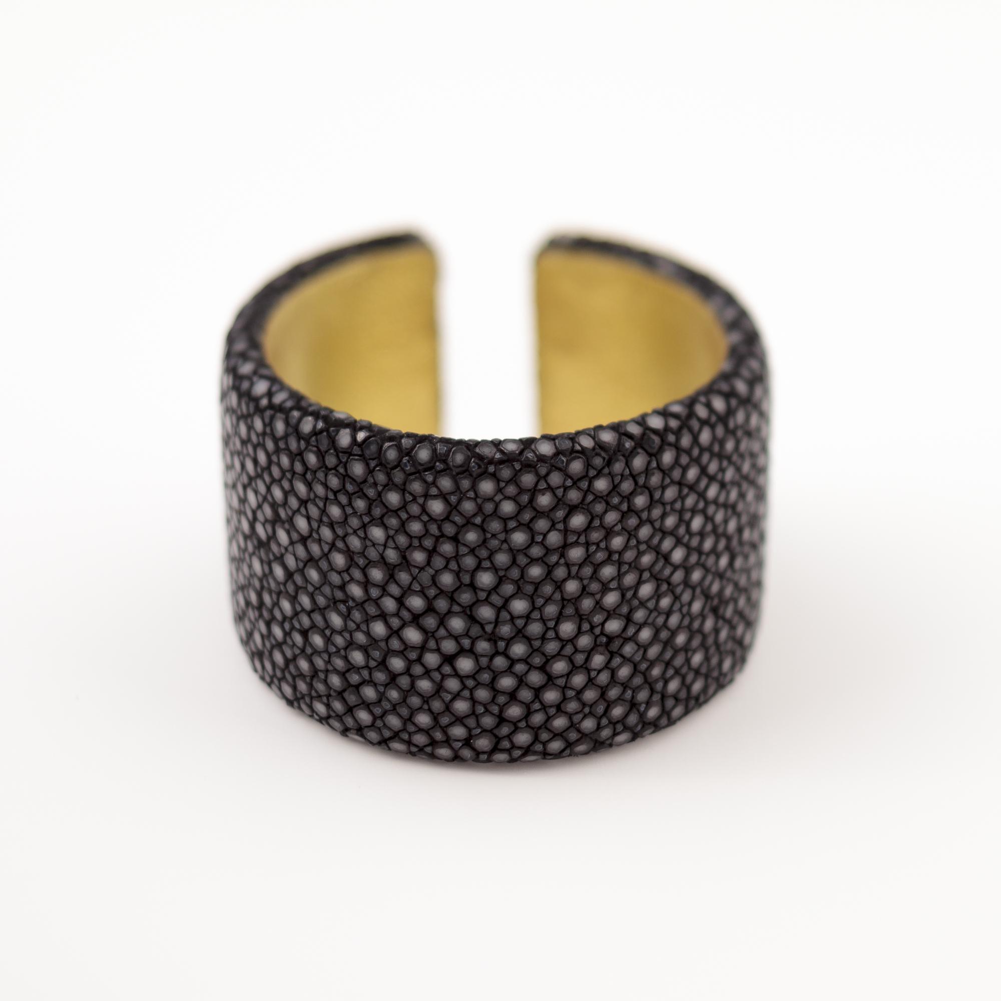 tresor-by-flore-galuchat-bracelet-plat-noir