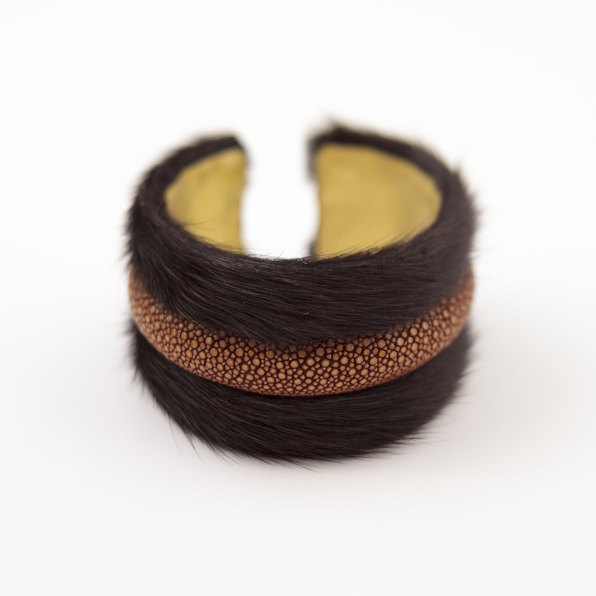 tresor-by-flore-galuchat-bracelet-poilu-brun-moutarde