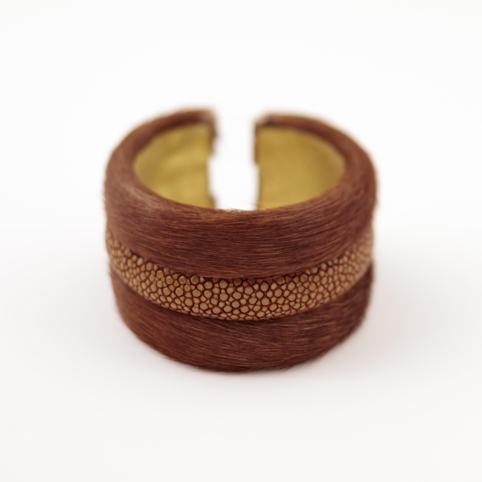 tresor-by-flore-galuchat-bracelet-poilu-marron-moutarde